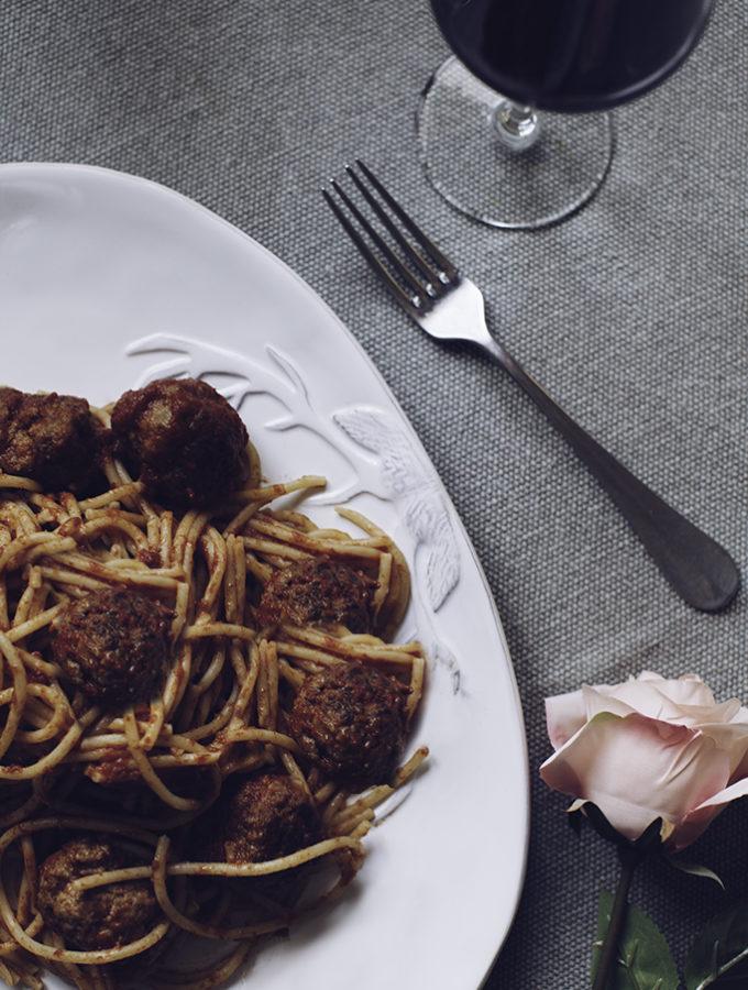 SAN VALENTINO// Spaghettoni con sugo di polpette della nonna
