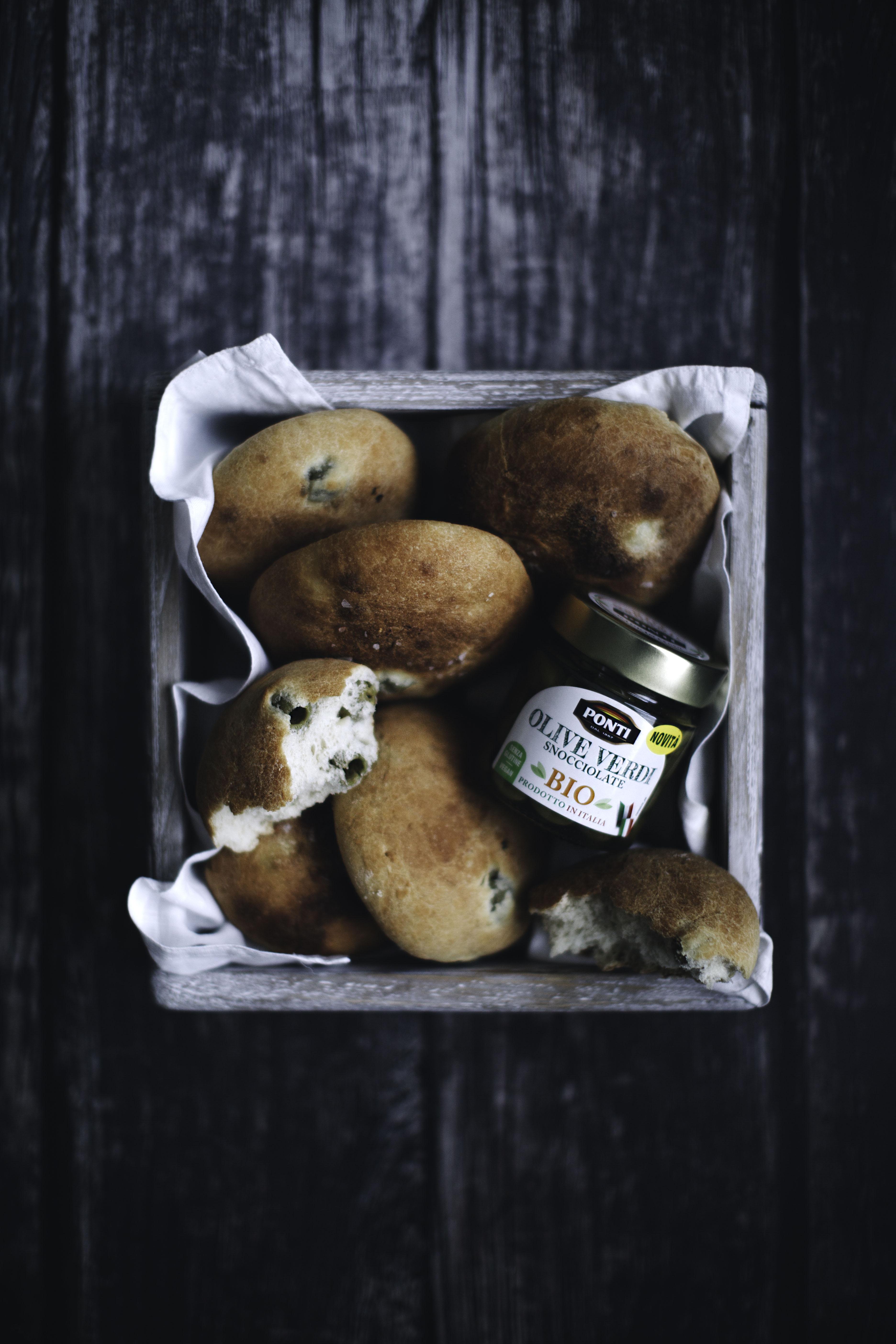 "Panini ""umili"" alle olive."