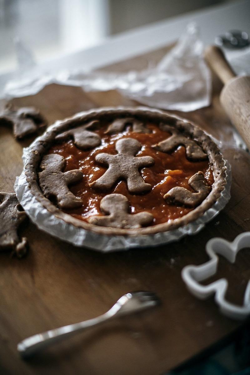 Crostata con farina di farro integrale e marmellata di albicocche home made